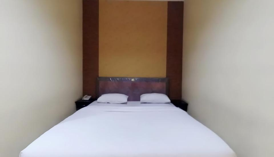 Hotel Khalista Purwakarta - Deluxe Room with Breakfast Regular Plan