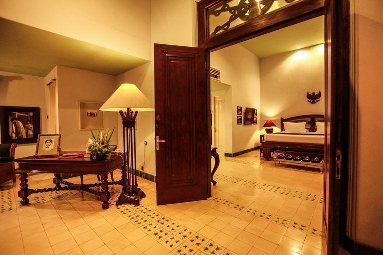 Hotel Tugu Blitar - KAMAR 4