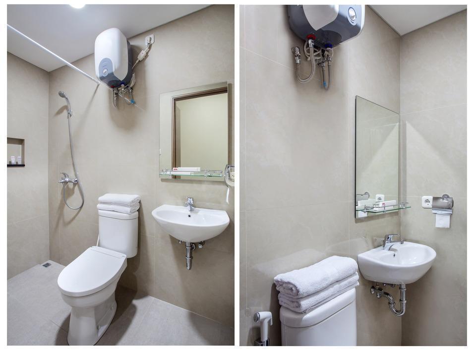 OYO 115 Portal Residence Jakarta - Bathroom