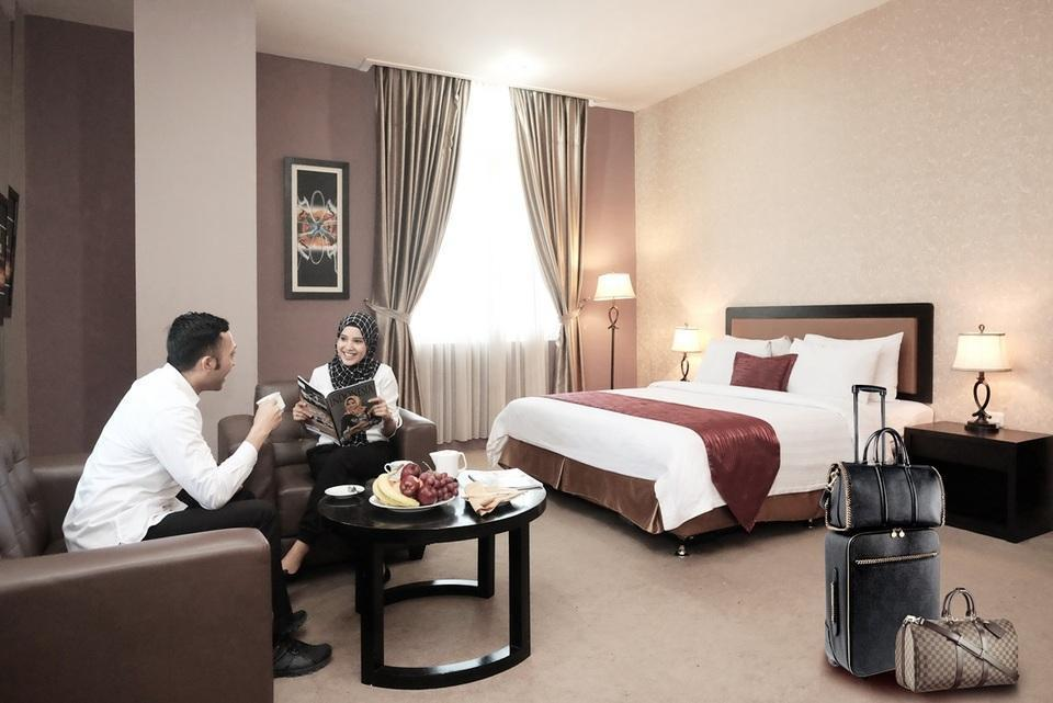 Grand Kanaya Hotel Medan - Junior Suite Room SAVE 15%