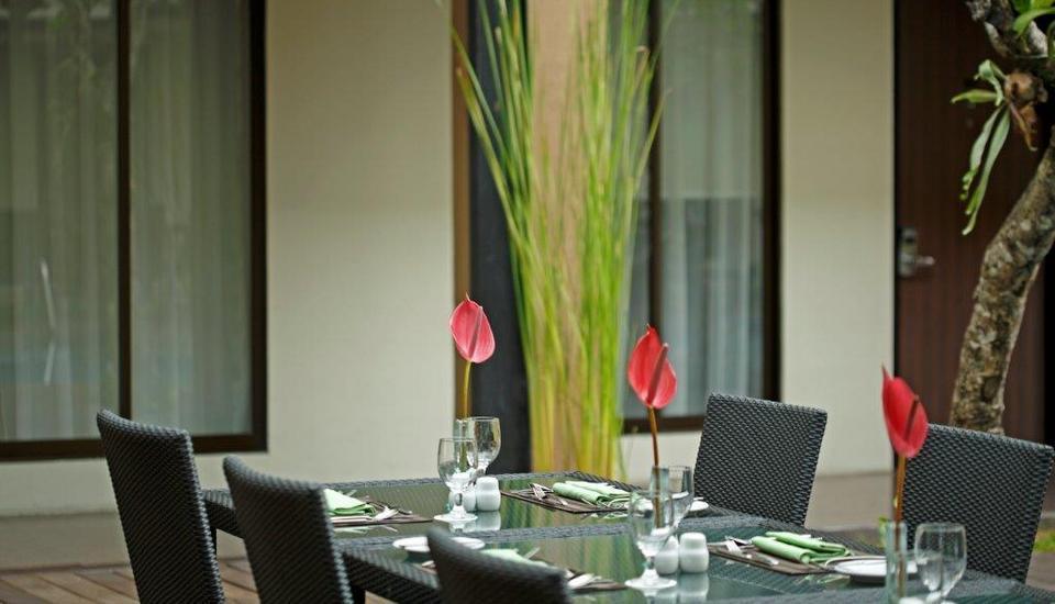 Hotel Santika Kuta Bali - Santap Siang