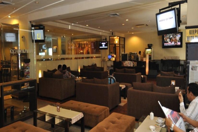 Garuda Plaza Hotel Medan - Lobi