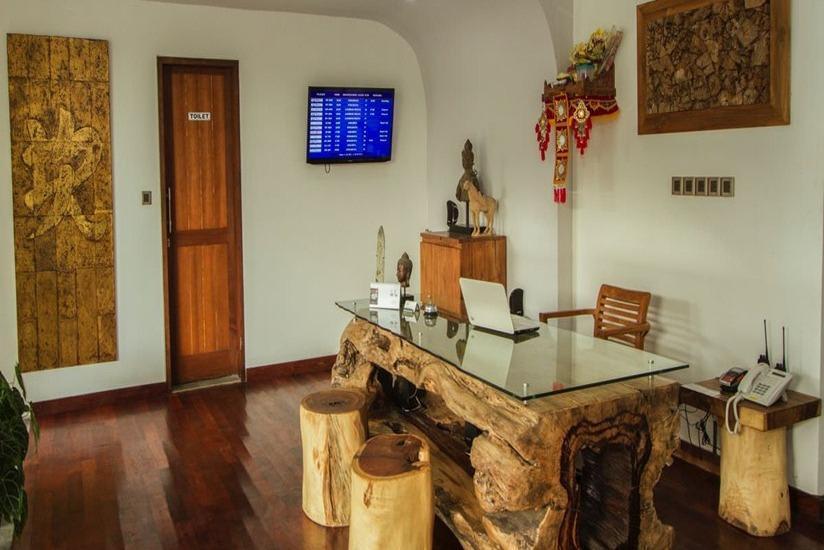 Delu Villas and Suite Bali - Lobi