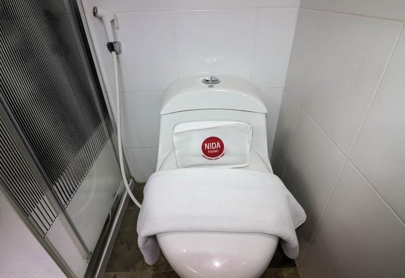NIDA Rooms Gito Gati Tugu Jogja - Kamar mandi