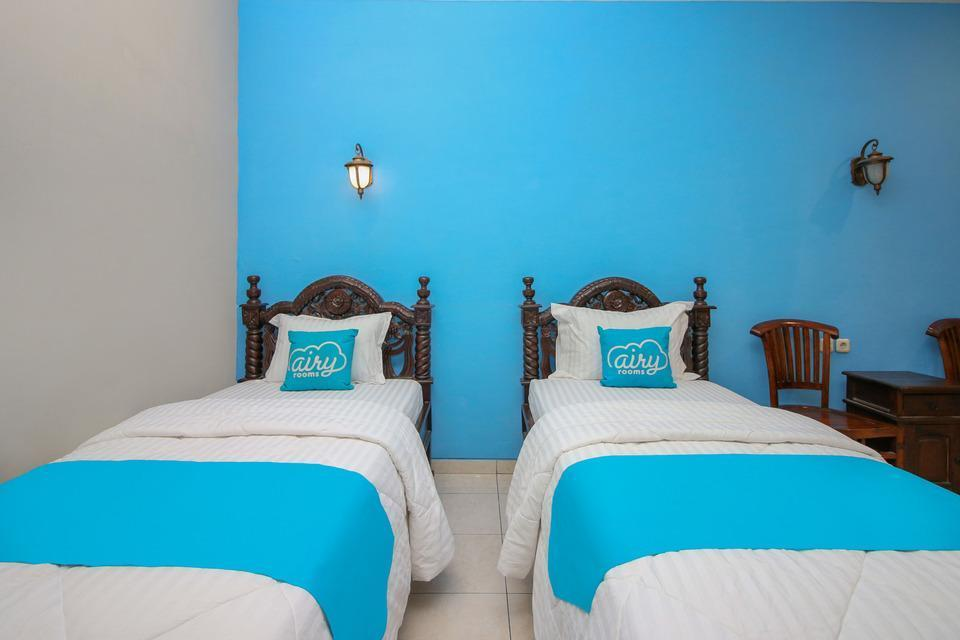 Airy Imam Bonjol 35 Solo Solo - Superior Twin Room Only Special Promo Jan 28
