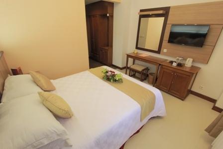 Karang Sentra Hotel Bandung - Standard (26/June/2014)