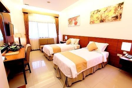 Karang Sentra Hotel Bandung - Superior (26/June/2014)
