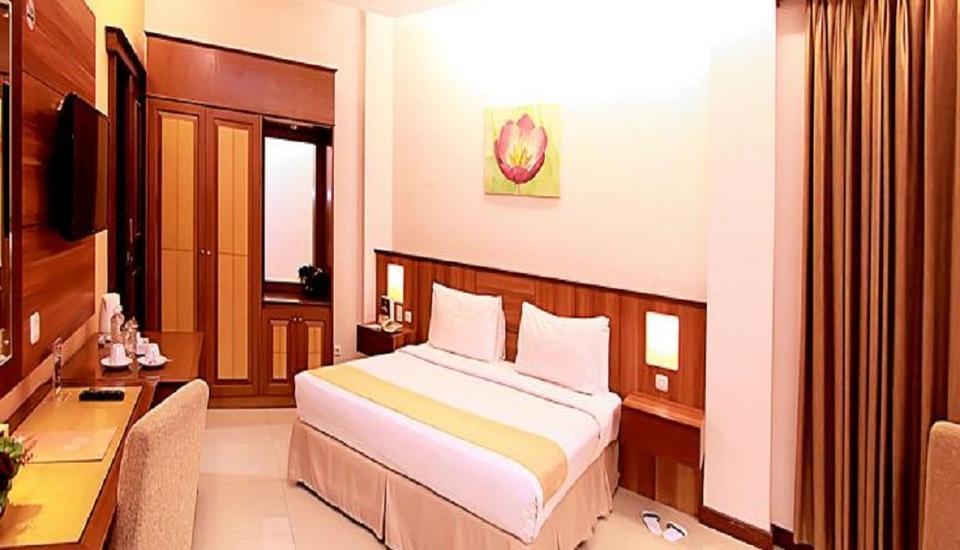 Karang Sentra Hotel Bandung - Kamar Deluxe