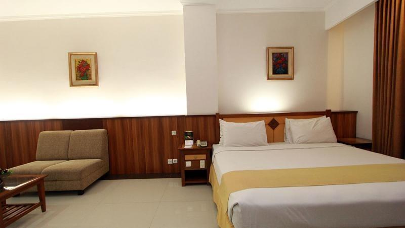 Karang Sentra Hotel Bandung - Junior Suite With Breakfast Regular Plan