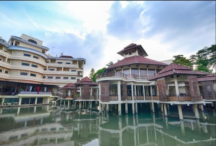Karang Setra Hotel & Cottages Bandung - Appearance