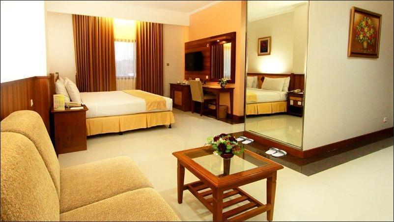 Karang Setra Hotel & Cottages Bandung - Junior Suite