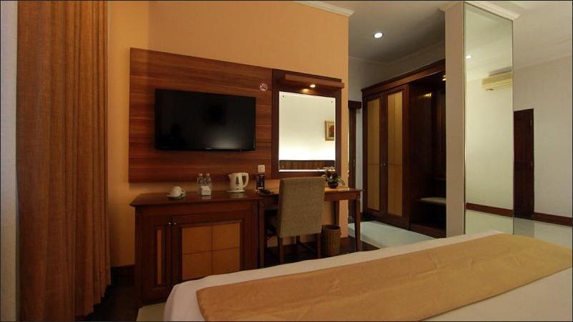 Karang Setra Hotel & Cottages Bandung - Junior Suite Breakfast HOT DEAL PROMO
