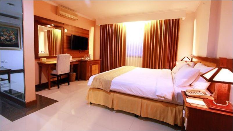 Karang Setra Hotel & Cottages Bandung - Suite Room
