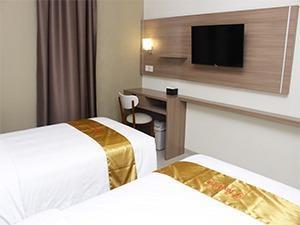 Hotel Faustine Semarang - Smart Room
