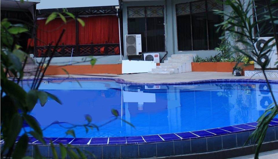 Hotel Dyan Graha Pekanbaru - SWIMMING POOL
