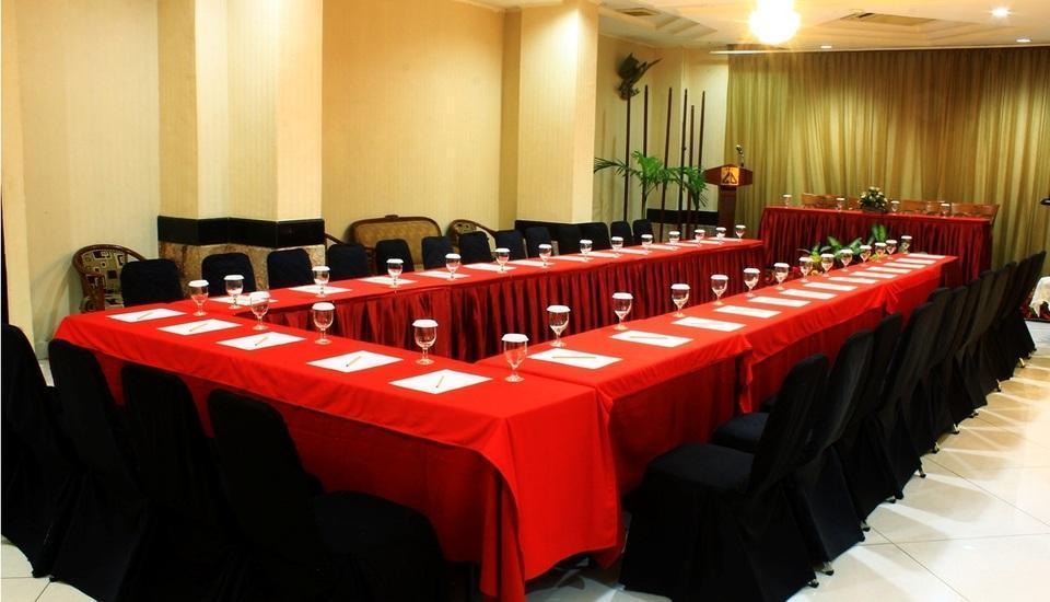 Hotel Dyan Graha Pekanbaru - RUANG MEETING