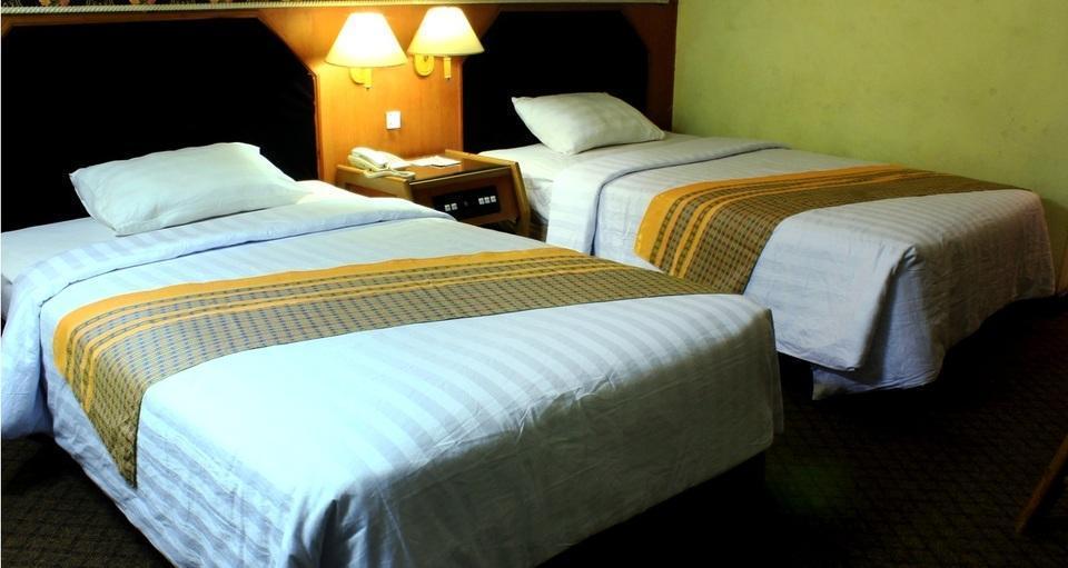 Hotel Dyan Graha Pekanbaru - SUPERIOR ROOM