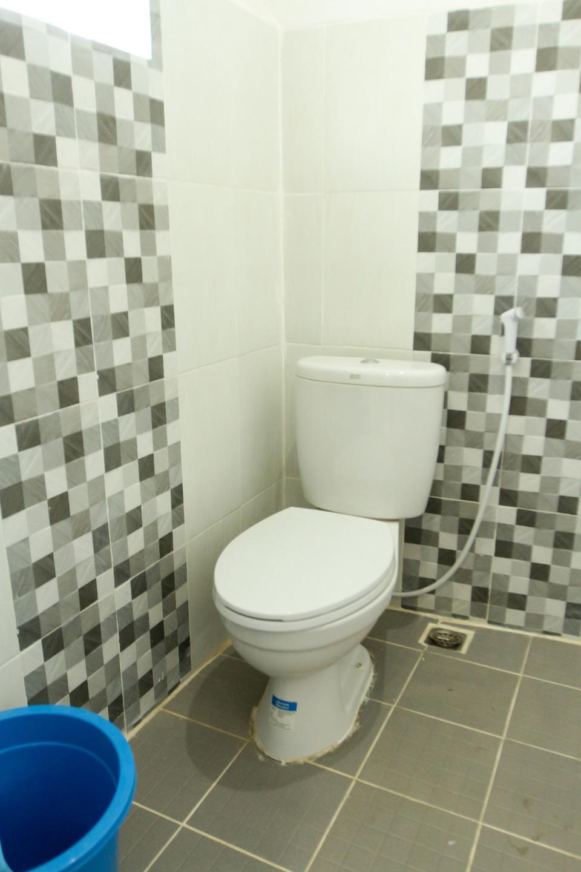 OYO 174 Desilva Bandara Palembang - Bathroom