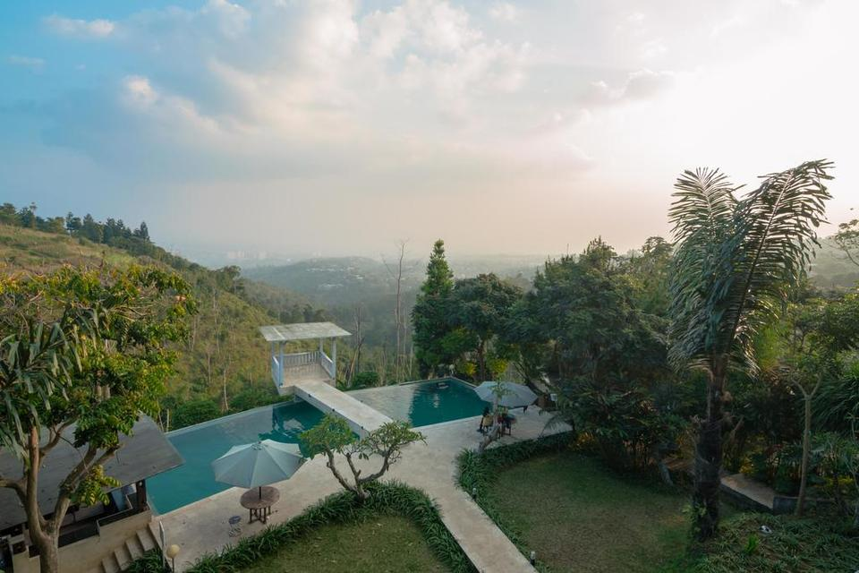 RedDoorz Resort @ Lembang 2