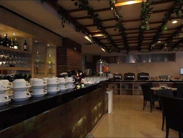 The Tusita Hotel Bali - Restoran