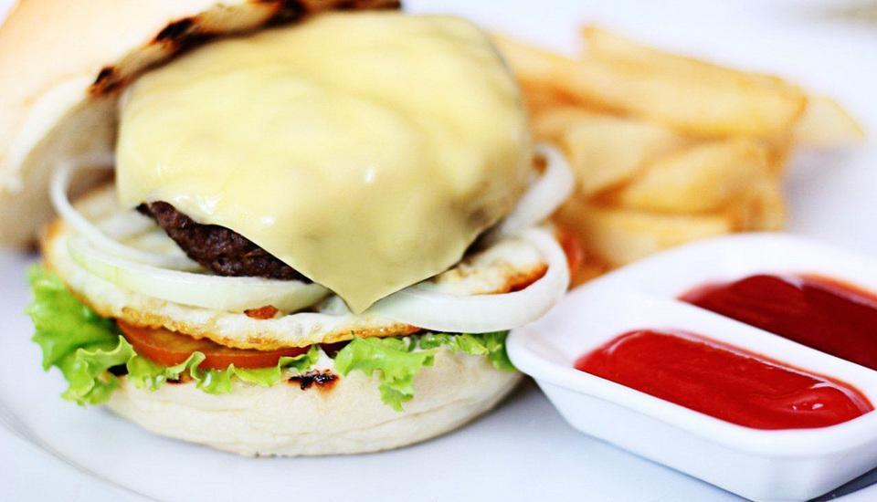 The Tusita Hotel Bali - Beef Burger