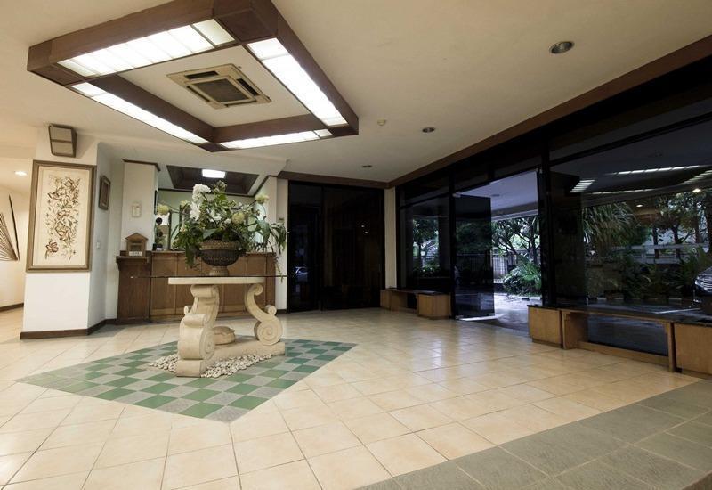 RedDoorz Apartment @Cilandak Jakarta - Lobi