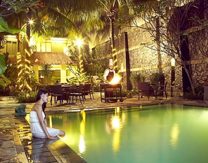 The Mirah Hotel Bogor - Pool Side Barbeque