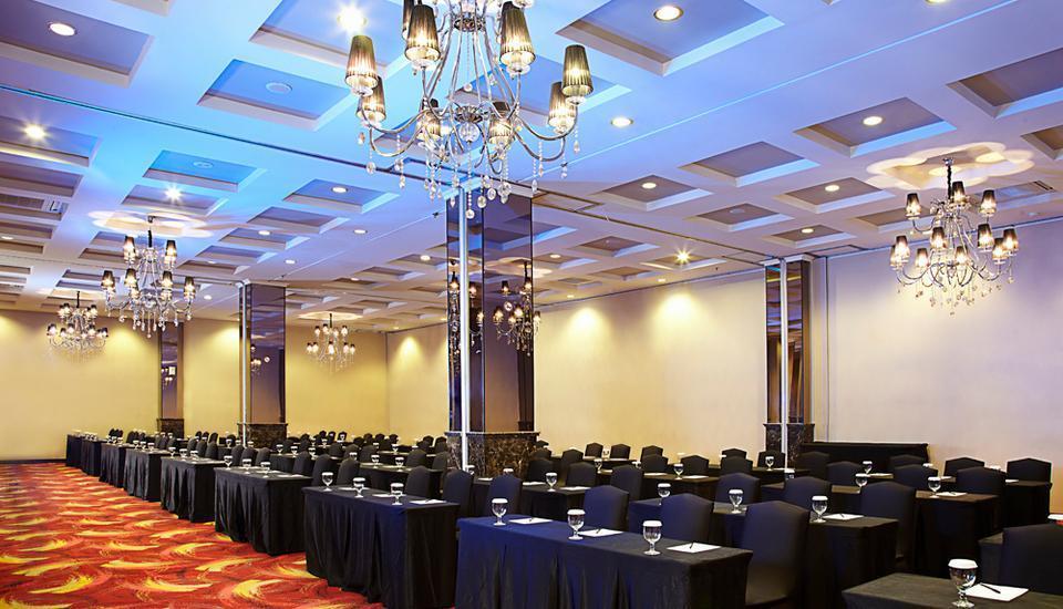 The Mirah Hotel Bogor - Ballroom Classroom Setup