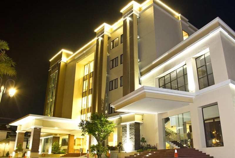 Horison Jogja - Hotel Exterior