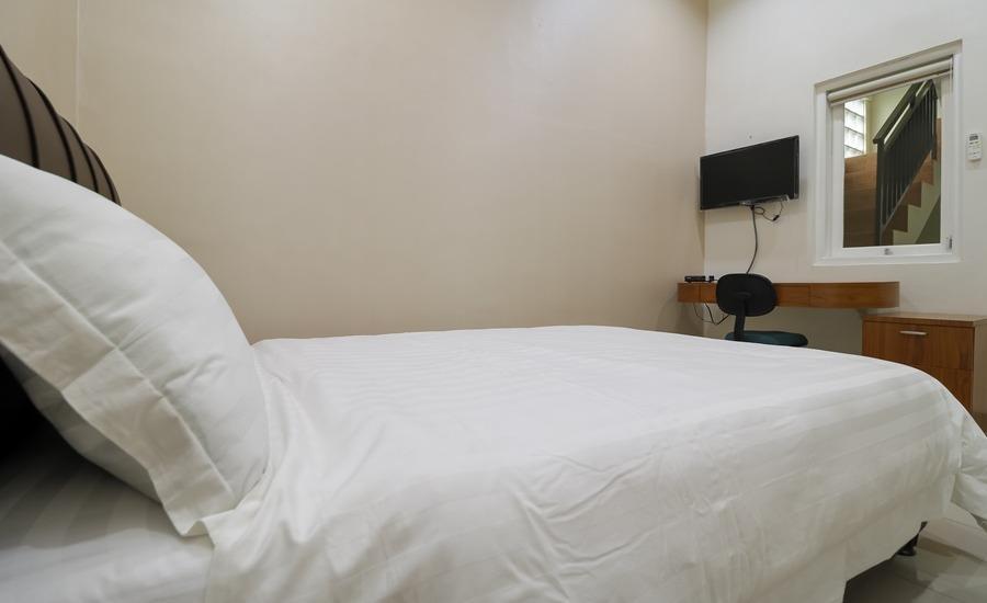 Taya Yumi Residence Jakarta - Double Room Regular Plan