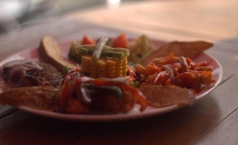 Resort Alamanda Garut - Food and Beverage