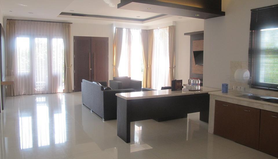 Surya Kencana Seaside Hotel Pangandaran - Family Suite