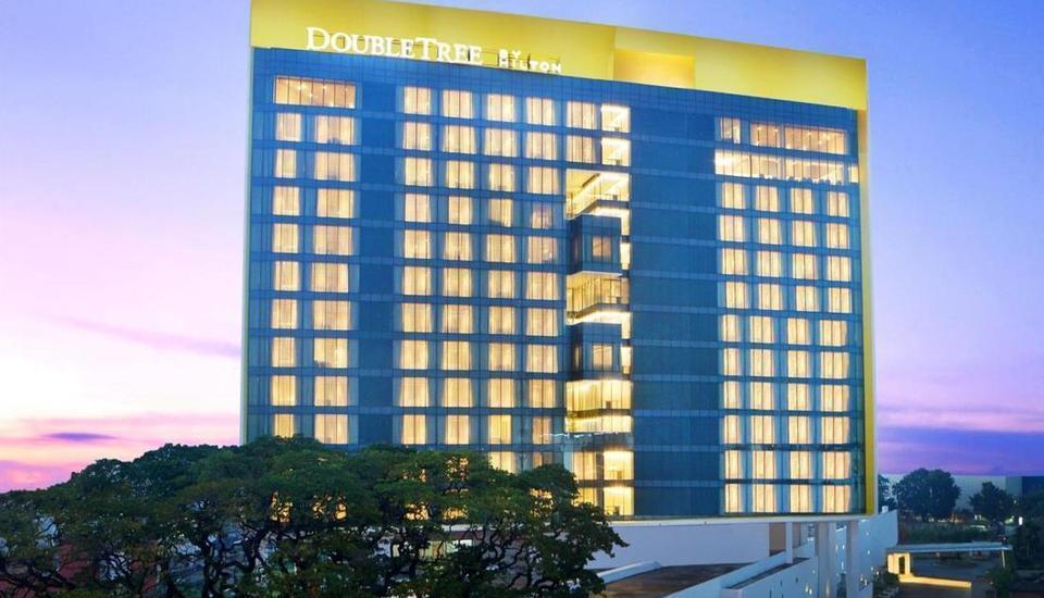 DoubleTree by Hilton Jakarta -  Diponegoro - Tampilan Luar Hotel
