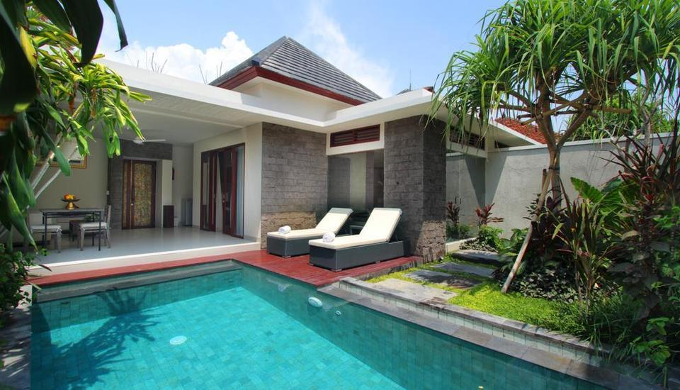Royal Samaja Villa Bali - Outdoor Pool