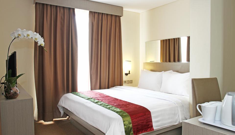 Siti Hotel Tangerang - Deluxe Queen