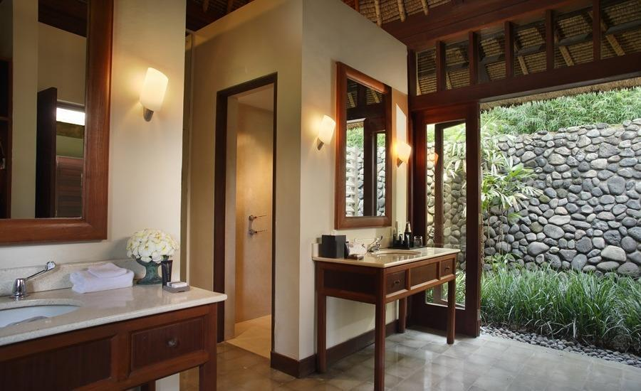 Alila Ubud Hotel Bali - Valley Villa Bathroom