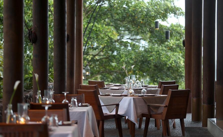 Alila Ubud Hotel Bali - Dining Plantation