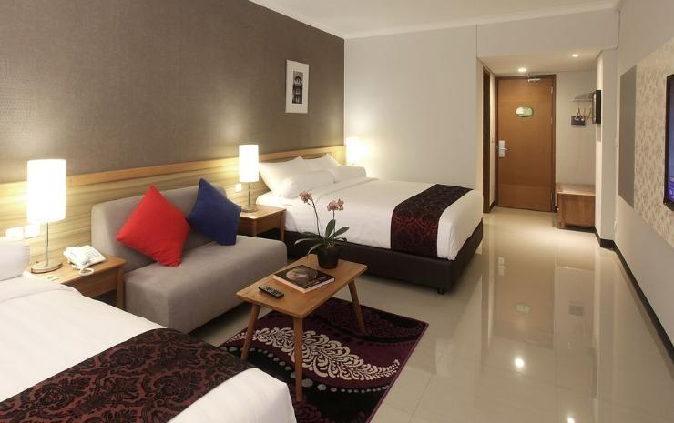 Ivory By Ayola Hotel Bandung - Family Room With Breakfast Regular Plan