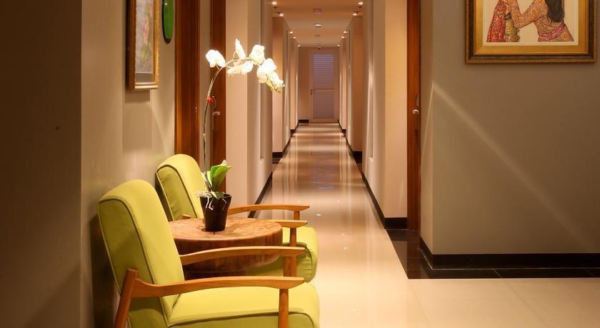 Ivory By Ayola Hotel Bandung - Corridor