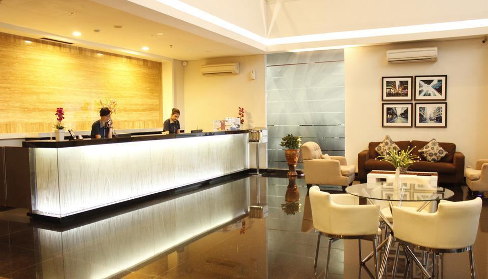 Hotel 88 Embong Malang - Lobi