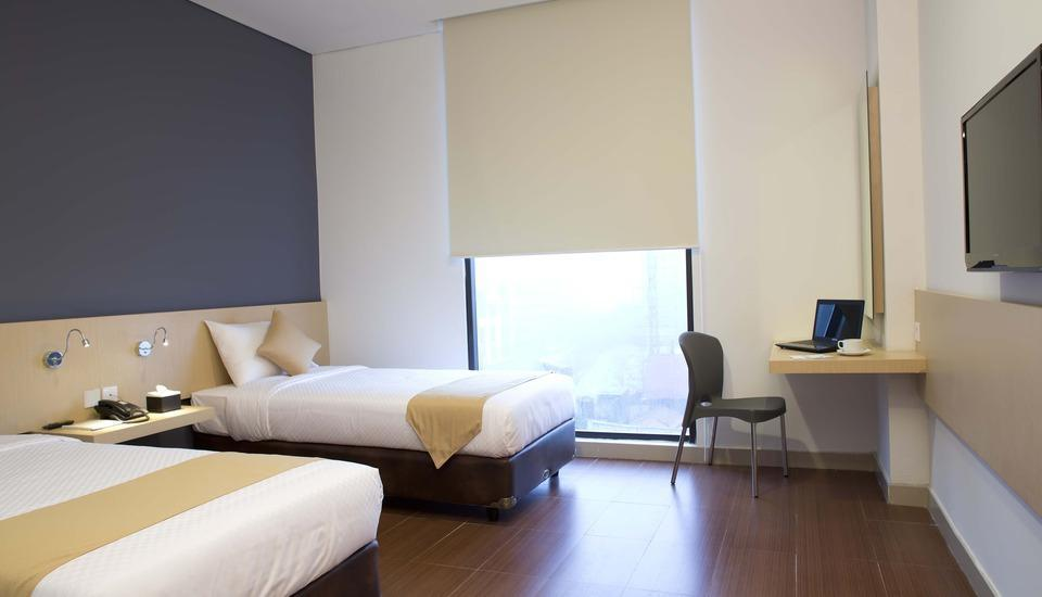 Hotel 88 Embong Malang - Deluxe twin