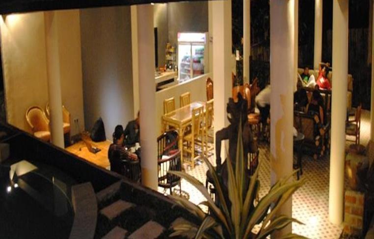 Pecatu Guest House Bali - Ruang makan