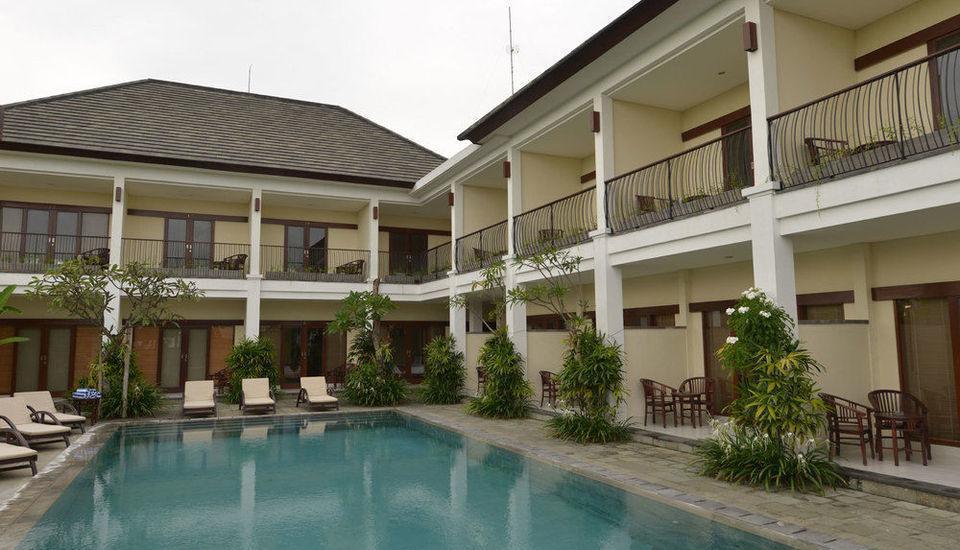 Uma Sri Hotel Bali - Kolam Renang