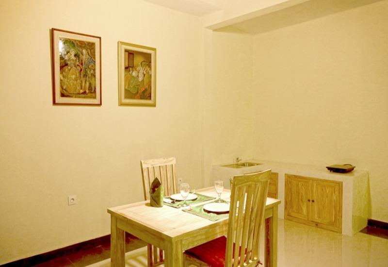 Asri Sari Villa Ubud - Ruang makan