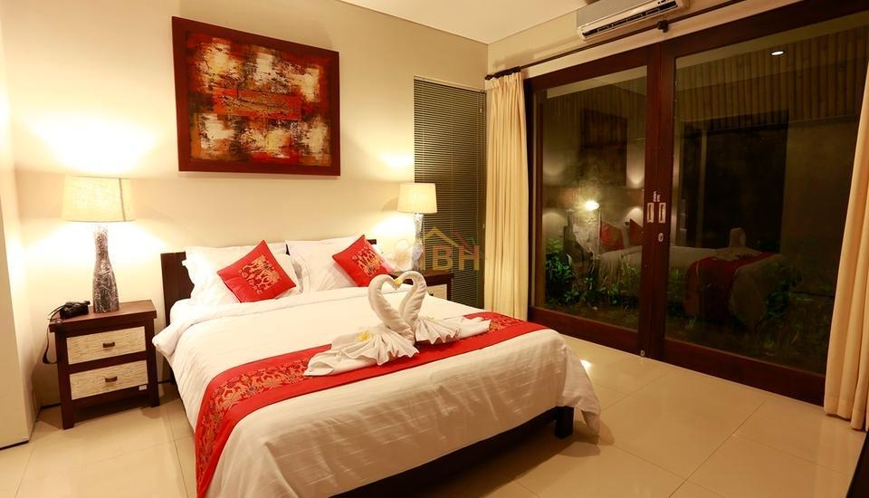 Villa Wena Seminyak Bali - Three Bedroom Pool Villa Minimum Stay 2 Night