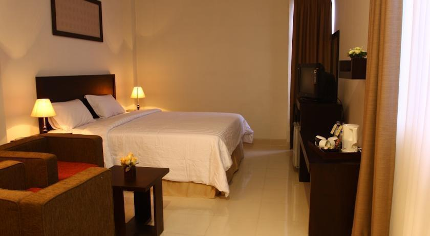 Hotel Asia Makassar - Deluxe Room Regular Plan