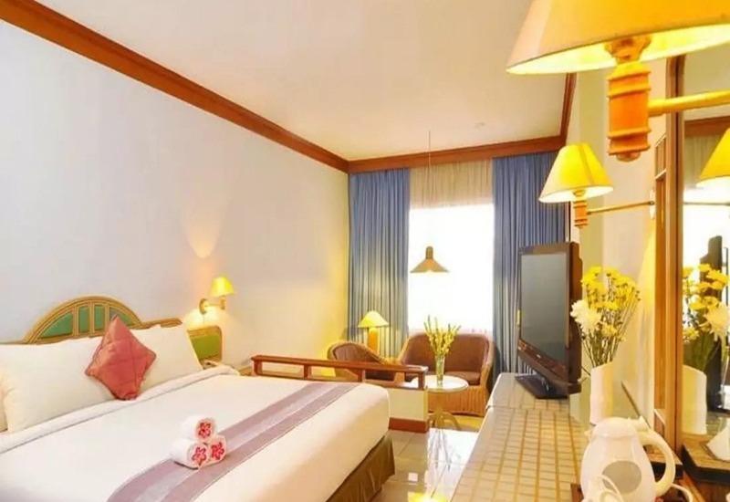 Cirebon Plaza Hotel Cirebon - Kamar tamu
