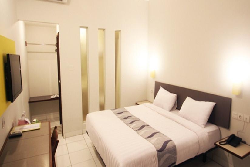 Hotel Koening Cirebon - Deluxe Room Only Regular Plan