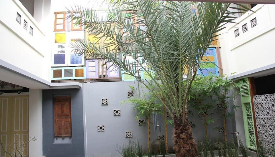 Hotel Koening Cirebon - Exterior