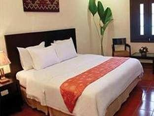 Pardede Hotel Medan - Deluxe Room - With Breakfast Regular Plan